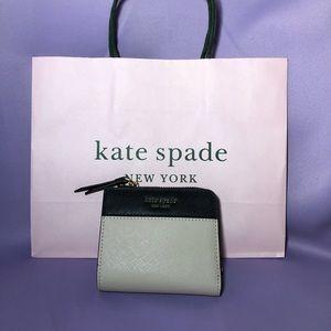 🎁 KATE SPADE Small L-Zip Bifold Wallet